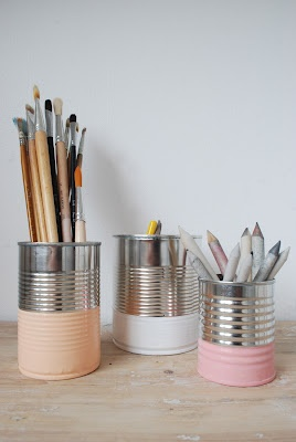 Dipped cans for paintbrushes
